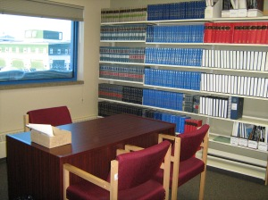 Study area of the Nunavut Court of Justice Library.Photo J. Thornhill